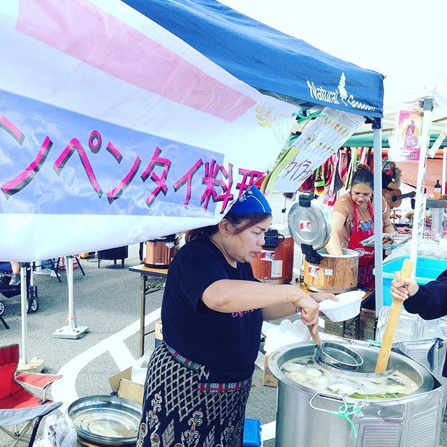 タイのラーメン食べてみる?