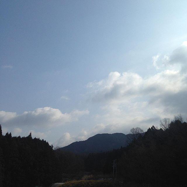気温7℃風は北西の風で朝は、1℃でした!まだ少し雪は残ってますが、明日には溶ける感じです。